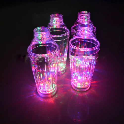 Cocktail Mixer blinkend Multicolor LED ca. 21 x 9 cm flashing leuchtend 0,5 liter