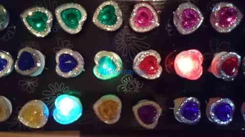 rb LED FLASHING BLINKENDER LEUCHT FINGER RING 01 blink mit AN Aus Schalter