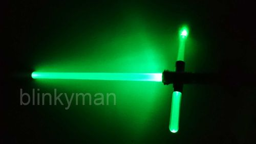 LED Laser KREUZ Schwert Cross Knight SWORD 75 cm Sound Licht X Gruen Rot