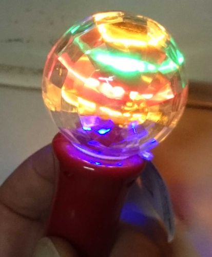 Magic LED Disco Twister ZERO blinkender mini KREISEL tolle Effekte Doddler Rotor
