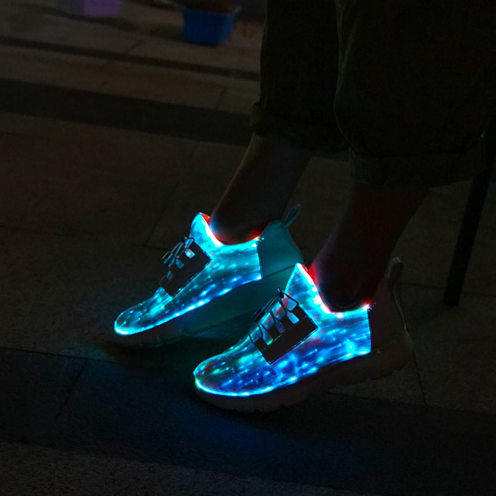 promo code 60ce3 68cc2 Leuchtende RGB LED Glas Faser Glasfaser Schuhe 7 Farben + ...