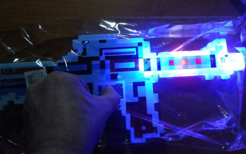 LED LEUCHT Maschinenpistole mit Licht+Sound 39cm Ritter Picel Gun mine craft